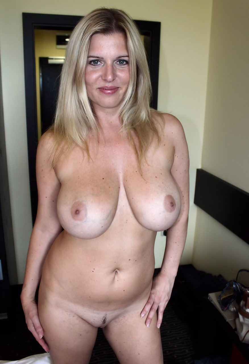 Nude moms big tits and ass